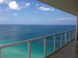 AMAZING OCEAN VIEWS! GORGEOUS OCEANFRONT CORNER! - Sunny Isles Beach vacation rentals