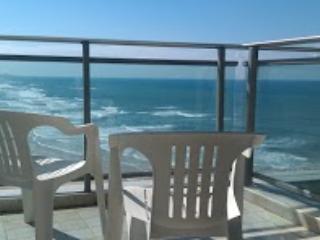 Loft Ocean View: pool, tennis in Okeanos ba Marina - Gedera vacation rentals