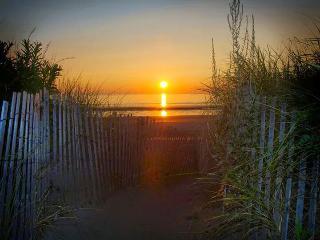 Luxury Living - overlooking Nantasket Beach - South Shore Massachusetts - Buzzard's Bay vacation rentals