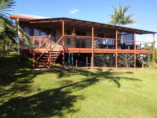 HILLTOPS IN YUNGABURRA VILLAGE - Yungaburra vacation rentals