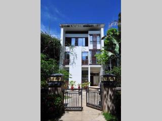 3-storey Luxurious villa - Sanya vacation rentals