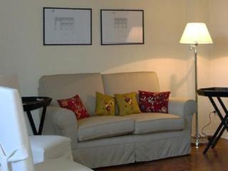 Florence Duomo, 3 bedrooms, WIFI, A/C (Cerre 02) - Rome vacation rentals