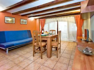 Escudelles  Snails (Las Ramblas wifi) - Barcelona vacation rentals