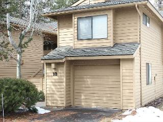 Fairway Village 13 is located on the Woodlands Golf Course! - Sunriver vacation rentals