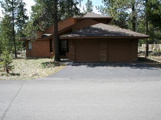 Tokatee 1 This single family home is well equipt & popular year round. - Sunriver vacation rentals