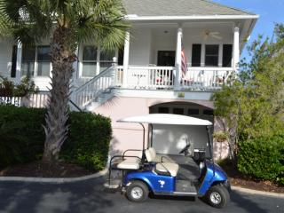 Golf Cart/Kayaks/Bikes- 3BR Villa- Walk to Beach - Isle of Palms vacation rentals