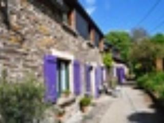 South facing front of Stang Korvenn - Riverside B & B in Brittany - Ground floor room - Brittany - rentals