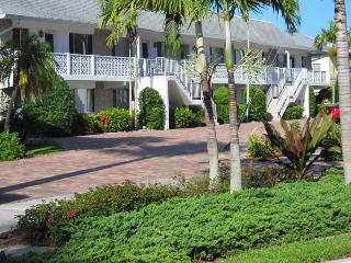 2BR+2B Royal Harbor Canal-Front Condo with Pool - Naples vacation rentals