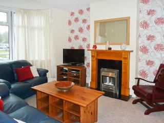ACACIA HOUSE, enclosed garden, pet-friendly, child-friendly cottage in Weymouth, Ref. 912573 - Upwey vacation rentals