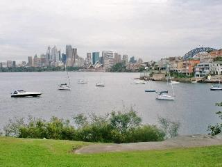 Sydney Harbour View Apartment- stunning and iconic - Neutral Bay vacation rentals