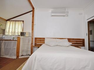 Cheapest Accommodation in Durban North-1-3 Sleeper - Durban vacation rentals