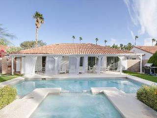 3BR/2BA Stylish Palm Springs House, Pool & Mountain Views, Sleeps 6 - Palm Springs vacation rentals