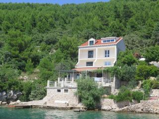 Ratac Lobrović Apartments with sea view – Blue - Slano vacation rentals