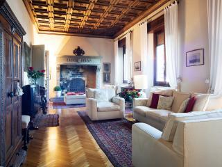 Tuscany luxury 5 bedroom villa (BFY129) - Arezzo vacation rentals