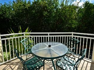 HISPANIOLA SUITE #101- 2/2 Condo w/ Pool & Hot Tub - 1 Mile To Smathers Beach - Key West vacation rentals