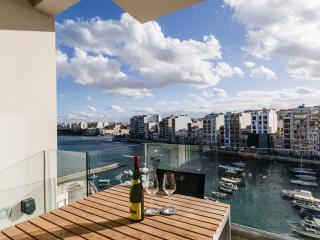 Seafront apartment in Spinola Bay, Saint Julians - Saint Julian's vacation rentals