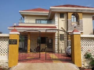Farook villa. - Karjat vacation rentals