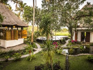 BALI PURE, Endless Views 4Pax, Catered Luxury - Tumbu Village vacation rentals