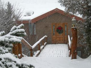 Aspen Riverhouse- Riverfront Family Retreat - Aspen vacation rentals