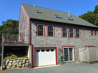 A GREAT FAMILY GET-AWAY WITH SURFING, BEACHES - Truro vacation rentals