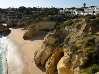 2 Houses w pool for rent 100 meters from the beach - Ferragudo vacation rentals