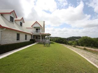 Gastehaus Royal Oaks - Fredericksburg vacation rentals