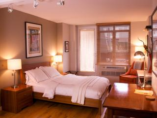 $199/NIGHT SUMMER SPECIAL: Modern Studio w/ Patio - New York City vacation rentals