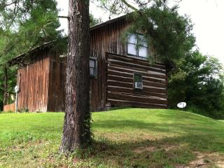 Theobald Cabin at Croy's Cabins in Greeneville, TN - Greeneville vacation rentals