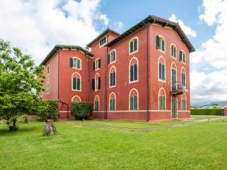 Apartment La Rossa - Lido Di Camaiore vacation rentals