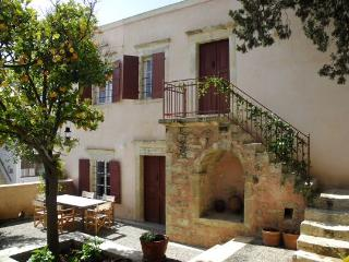 Traditional Cretan House - Stavrakia vacation rentals