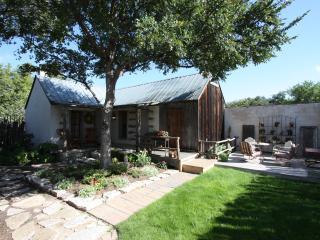 Haussegen Platz - Cottage - Fredericksburg vacation rentals