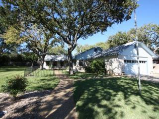 Humble House - Fredericksburg vacation rentals