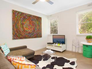 Neutral Bay Nest Executive Apartment - Stanhope Gardens vacation rentals