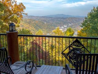Bear Paw Lodge ~ When Only The Best Will Do.... - Gatlinburg vacation rentals