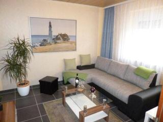 LLAG Luxury Vacation Apartment in Koblenz - 431 sqft, central, comfortable, well-equipped (# 3785) - Linz am Rhein vacation rentals
