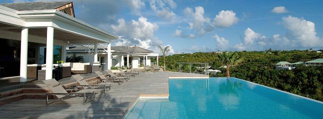 Villa No Limit SPECIAL OFFER: St. Martin Villa 404 This Impressive Contemporary Villa Is Nestled Into The Hillside In Terres Basses With Stunning Sunset Ocean Views. - Terres Basses vacation rentals