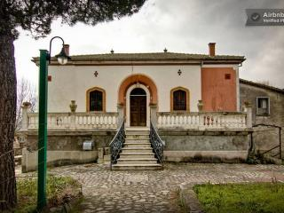 Splendida villa ad Andretta - Calitri vacation rentals