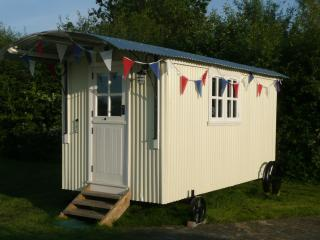 Shepherds Hut, glamping in Skipsea, East Yorkshire - Skipsea vacation rentals