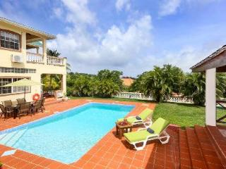 Villa Decaj - Villa overlooking golf course with pool, large balcony - Cap Estate vacation rentals