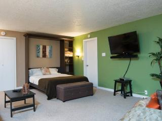 Green friendly place to partake - Vancouver vacation rentals