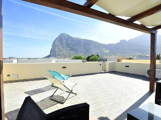 Mira6 - San Vito Lo Capo - Terrazza Solarium 600 m - San Vito lo Capo vacation rentals