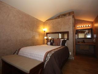 Luckenbach Lodge Cabin 2 - Luckenbach vacation rentals