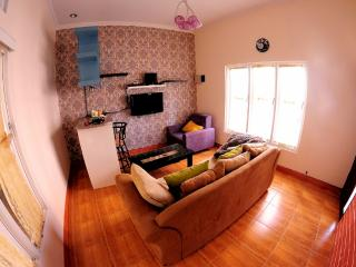 Firdaus Guest House - Depok vacation rentals