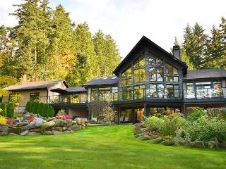 Spectacular 5 Bedroom Luxury Home on One Acre - Cowichan Bay vacation rentals