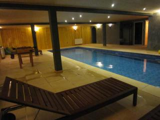 Charming House With Pool 20 Minutes From Paris - Essonne vacation rentals