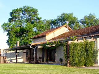 L'Atelier at Les Marais, Dordogne - Bergerac vacation rentals