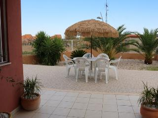 lovely bungalow in private grounds to sleep 6 - Peniscola vacation rentals