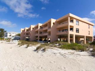 Coquina Beach Club 101 - Bradenton Beach vacation rentals