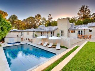 Modern Hillside Villa Londonderry Place with Pool, Hot Tub & City Views - Hollywood vacation rentals