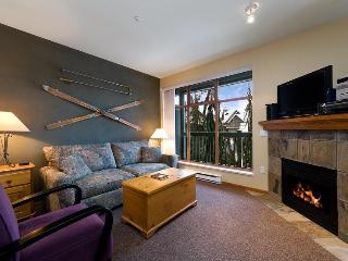 2 br condo, great location with free WI-FI & hot tub/pool - British Columbia Mountains vacation rentals